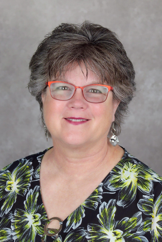 Liz Guilfoyle Headshot